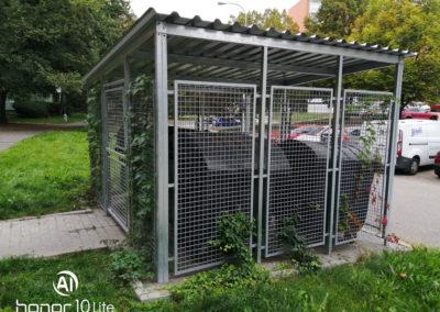 Stání pro komunální odpad včetně zastřešení ve Starém Lískovci v Brně