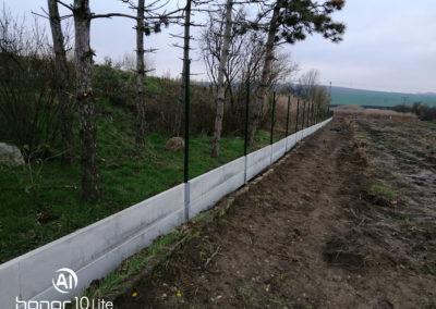 Oplocení zemědělského areálu ve Velkých Němčicích